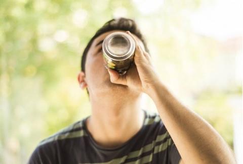 ¿Qué riegos de muerte prematura tiene el consumir bebidas edulcoradas?