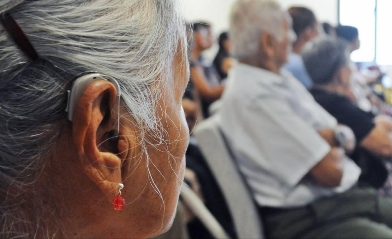 Tome precauciones para evitar la pérdida auditiva