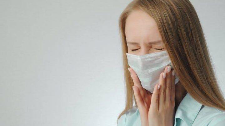 Aumentan los dolores de mandíbula: ¿Son por culpa de la mascarilla?
