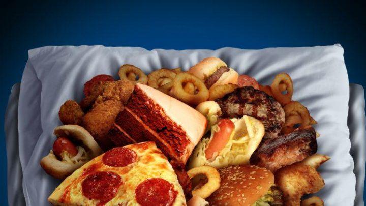 Qué alimentos sientan peor por la noche