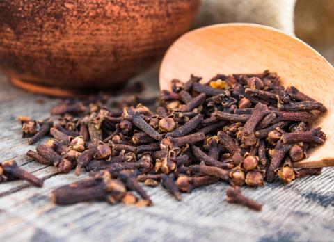 Clavo de olor, aliado de la salud bucodental